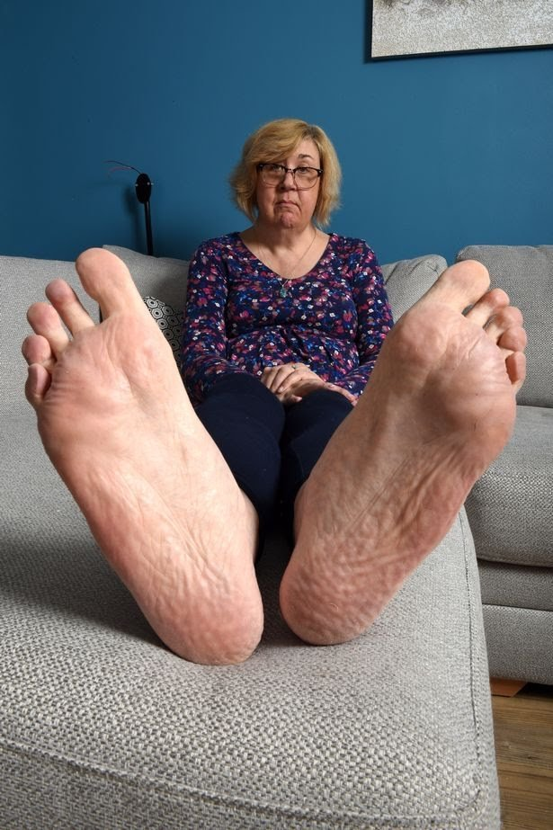 Julie Felton Big Feet